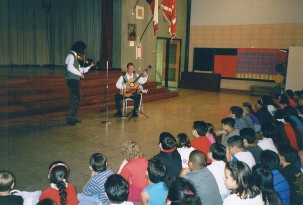"""1995 Gastspielreise mit """"Frejlech un gesunt"""" in Houston, Dallas und New Orleans"""