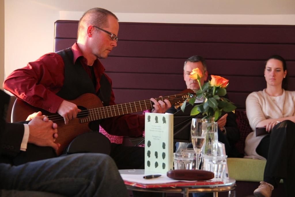 Veranstaltung in Bührnheims Literatursalon im Mai 2012